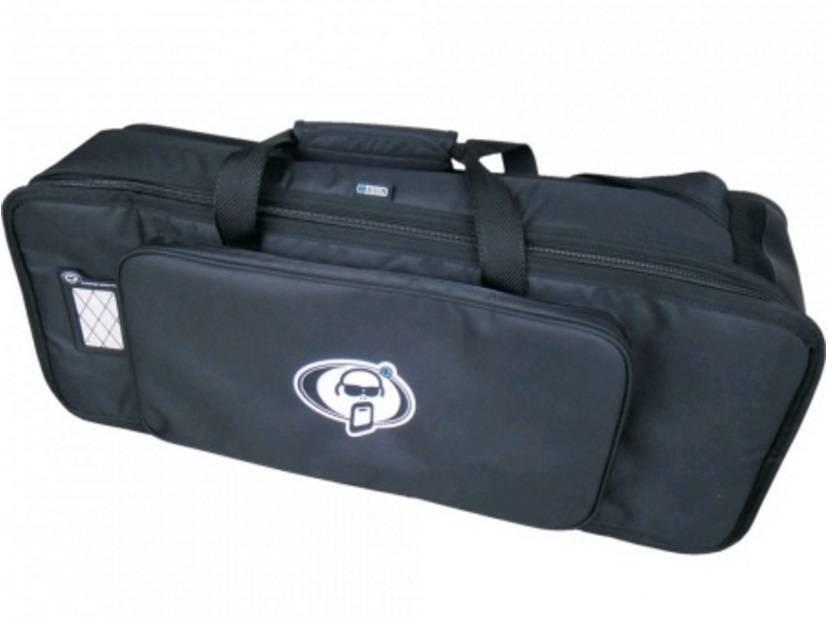 Protection Racket 30'' x 11'' x 7'' + Zipped Pocket Hardware Bag