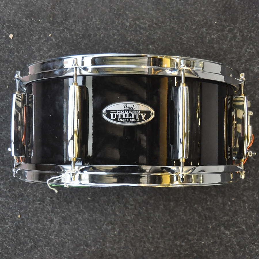 "Pearl 14"" x 6.5"" Modern Utility Snare in Black *2nd Hand*"