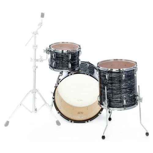 Image 3 - Ludwig Fab22 Classic Maple Shell Kit in Vintage Black Oyster Pearl